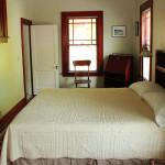 athenscottage_bedroom_2